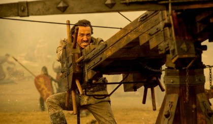 Bronn manning the new weapon Cersei had built.