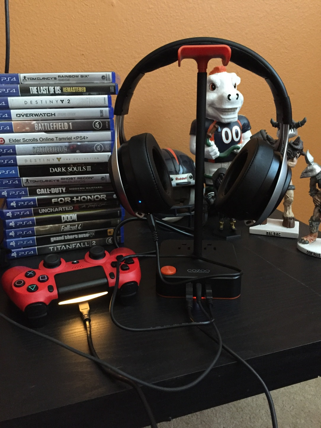 Cozoo Gaming Headset Stand – FrankenCulture